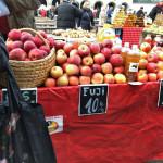 ザグレブのドラツ市場
