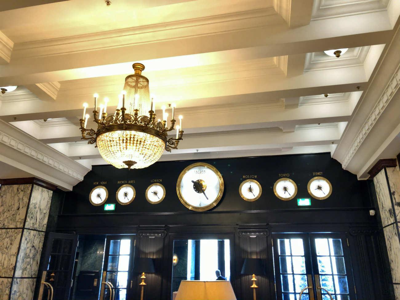 ホテル エスプレナーデのメインエントランス